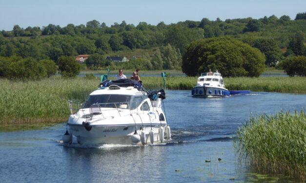 Poradnik czarterowy – houseboatem przez Irlandię