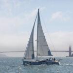 Hylas H57 – komfort i elegancja pod żaglami na oceanie
